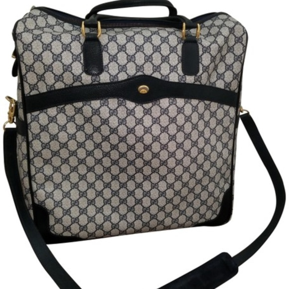 9f4b82e8f8a0 Gucci Bags | Vintage Travel With Strap F | Poshmark